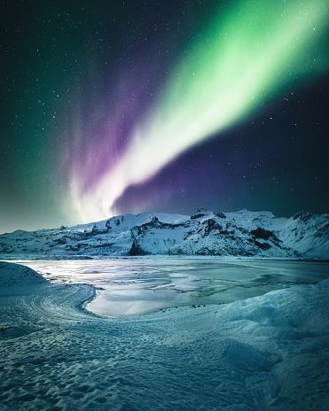 Aurora Polaris「aurora borealis in iceland at jakulsarlon」:スマホ壁紙(19)