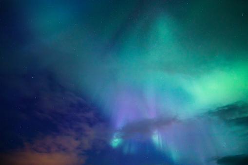 Geomagnetic Storm「Aurora Borealis Background」:スマホ壁紙(3)