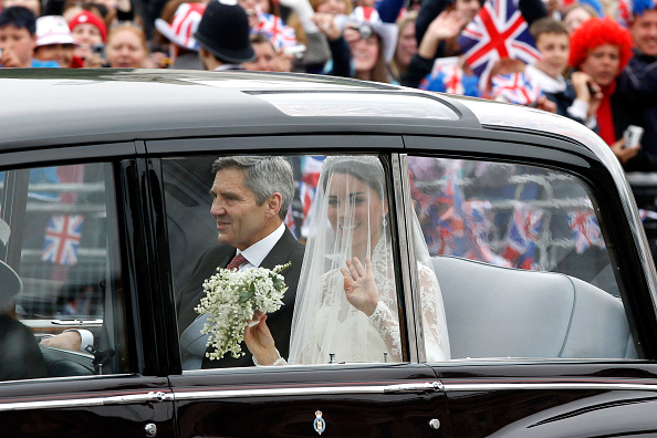 Wedding Dress「Royal Wedding - Wedding Guests And Party Make Their Way To Westminster Abbey」:写真・画像(18)[壁紙.com]