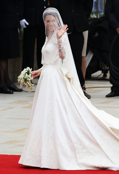 Alexander McQueen - Designer Label「Royal Wedding - Wedding Guests And Party Make Their Way To Westminster Abbey」:写真・画像(7)[壁紙.com]