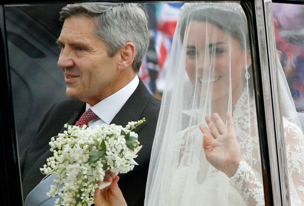 Bouquet「Royal Wedding - Wedding Guests And Party Make Their Way To Westminster Abbey」:写真・画像(2)[壁紙.com]
