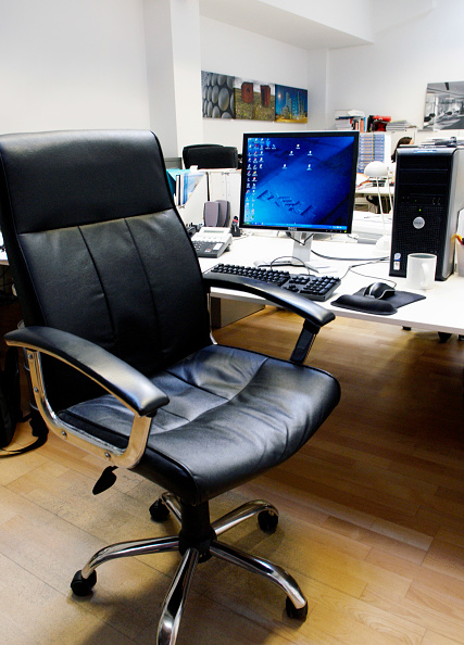 Blank「Desk with computer」:写真・画像(3)[壁紙.com]