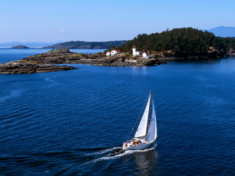 Recreational Boat「aerial sailboat sailing」:スマホ壁紙(18)