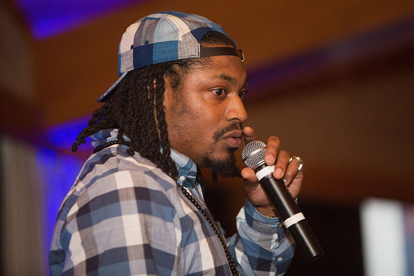 Marshawn Lynch「Seattle Seahawks Marshawn Lynch Hosts FAM 1st FAMILY FOUNDATION Charity Event at The Edgewater Hotel in Seattle, WA」:写真・画像(19)[壁紙.com]