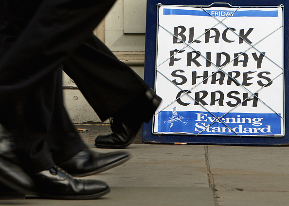 Crisis「The City Continues To Struggle As The Stock Market Crashes」:写真・画像(10)[壁紙.com]