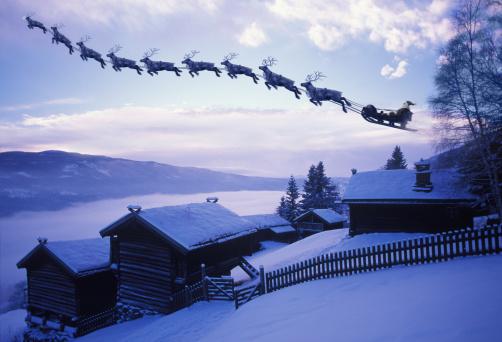 reindeer「Santa Clause with reindeer flying above a farm」:スマホ壁紙(7)