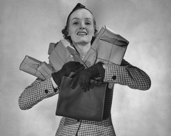 Purse「A Woman Carrying Parcels」:写真・画像(7)[壁紙.com]
