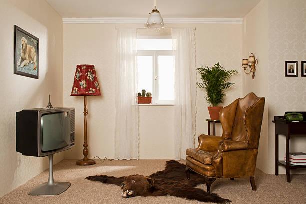 A kitsch living room:スマホ壁紙(壁紙.com)