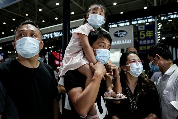Volkswagen「Auto Show Kicks Off In Wuhan Amid Global Pandemic」:写真・画像(18)[壁紙.com]