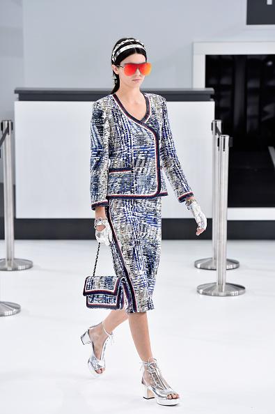 Chanel Jacket「Chanel : Runway - Paris Fashion Week Womenswear Spring/Summer 2016」:写真・画像(3)[壁紙.com]