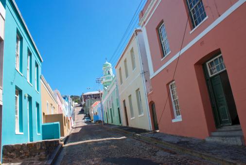 Malay Quarter「Side street in Bo Kaap, Cape Town.」:スマホ壁紙(3)