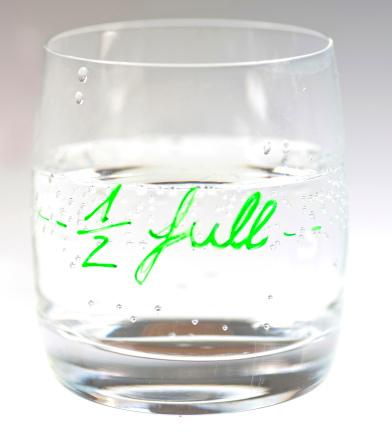 Success「half full」:スマホ壁紙(18)