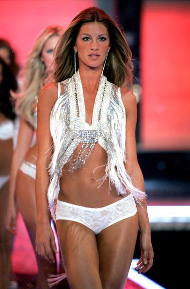Victoria's Secret Fashion Show「The Victoria's Secret Fashion Show - Show」:写真・画像(4)[壁紙.com]