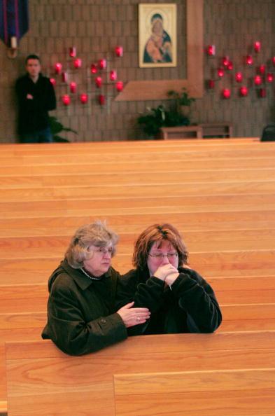 Scott Olson「Ten Dead In Minnesota School Shooting」:写真・画像(16)[壁紙.com]