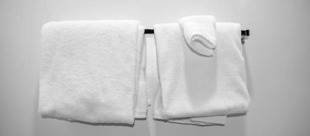 Motel「Towels in a Motel Room」:スマホ壁紙(9)