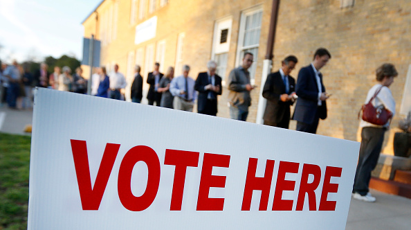 In A Row「Voters In Super Tuesday States Cast Their Ballots」:写真・画像(11)[壁紙.com]
