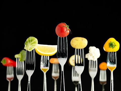 Cherry Tomato「Raw Foods On Forks (Wet)」:スマホ壁紙(18)