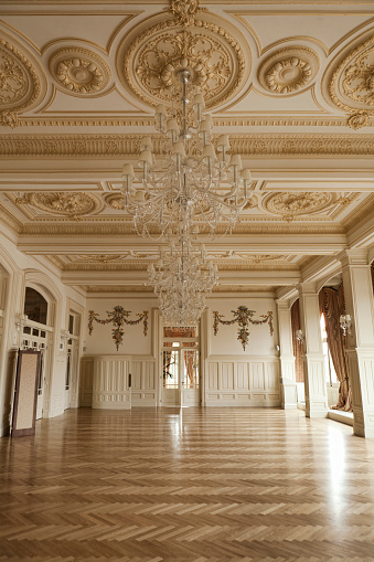 Old-fashioned「empty Ballroom」:スマホ壁紙(7)