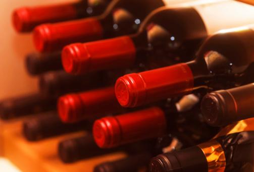 Alcohol - Drink「Shelf with red wine bottles」:スマホ壁紙(9)
