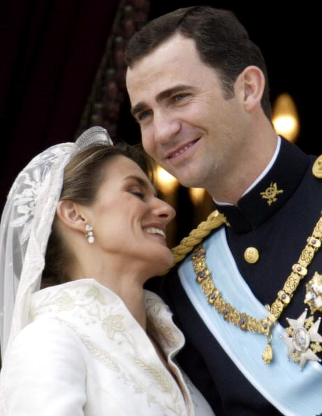 Wedding Dress「Wedding Of Spanish Crown Prince Felipe and Letizia Ortiz」:写真・画像(13)[壁紙.com]