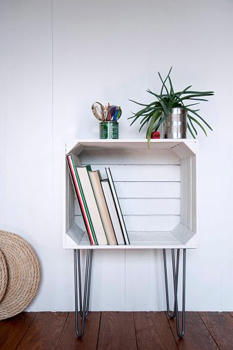 日曜大工「Upcycled fruitcrate used as bookshelf」:スマホ壁紙(19)