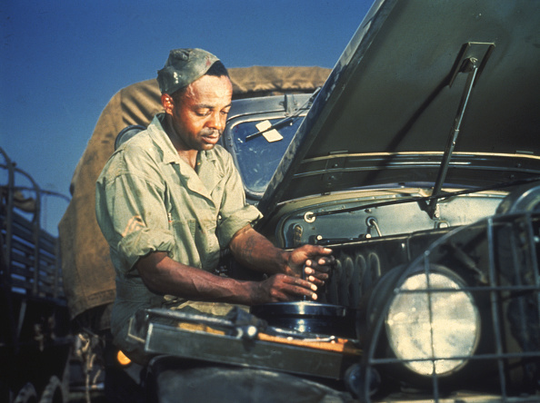 Army Soldier「Army Mechanic At Work」:写真・画像(3)[壁紙.com]