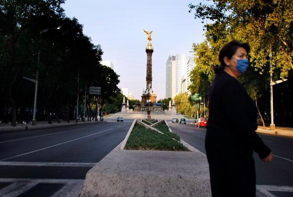 Traffic「Swine Flu Fears Spread Throughout Mexico」:写真・画像(5)[壁紙.com]