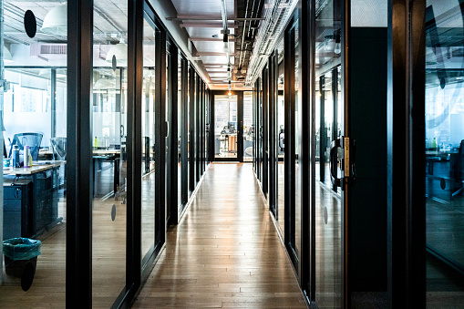 Buenos Aires「Corridor of an empty office」:スマホ壁紙(8)
