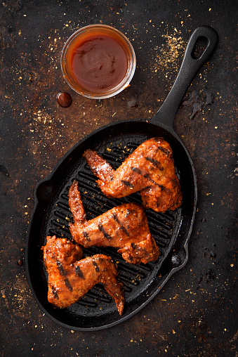 Chicken Wing「Barbecue grilled chicken wings in a griddle」:スマホ壁紙(5)