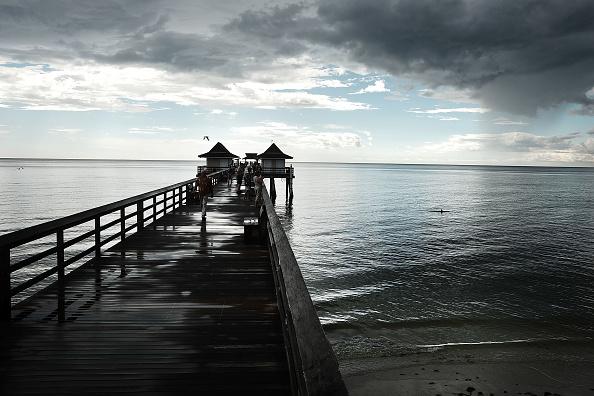 Gulf Coast States「Red Tide Algae Blooms Continue On Florida's Gulf Beaches」:写真・画像(4)[壁紙.com]