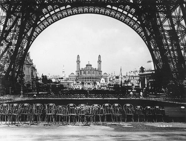 1900「Eiffel Tower View」:写真・画像(1)[壁紙.com]