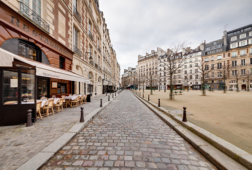 Thoroughfare「Place Dauphine」:スマホ壁紙(11)