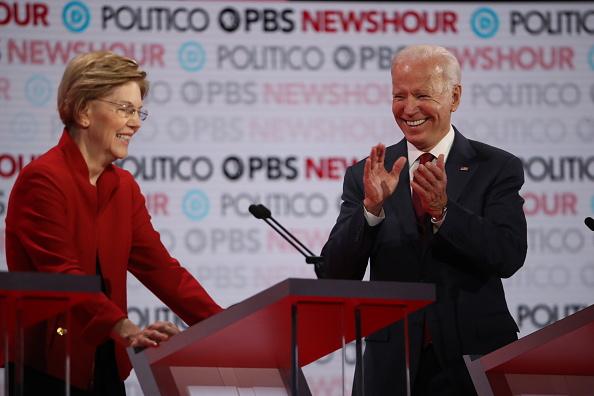 Justin Sullivan「Democratic Presidential Candidates Participate In Last Debate Of 2019」:写真・画像(7)[壁紙.com]
