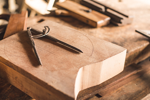Carpentry「Drawing compass」:スマホ壁紙(4)