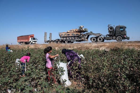 Mode of Transport「Turkey Steps Up Campaign In Northern Syria」:写真・画像(3)[壁紙.com]