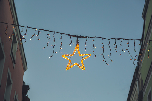 Christmas Lights「Christmas illumination between houses in an alley」:スマホ壁紙(12)