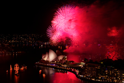 Annual Event「Fireworks on Sydney Harbour, New Years Eve 2010.」:スマホ壁紙(11)