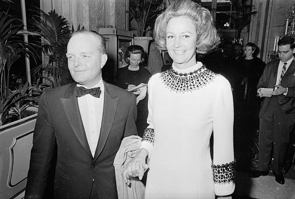Black And White「Truman's Party」:写真・画像(2)[壁紙.com]