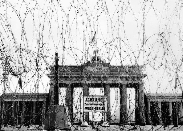 Berlin Wall「Brandenburg Gate」:写真・画像(18)[壁紙.com]