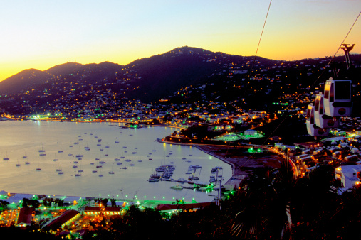 Caribbean「Sunset view of Charlotte Amalie from Paradise Point, St. Thomas, U.S. Virgin Islands, Caribbean」:スマホ壁紙(6)