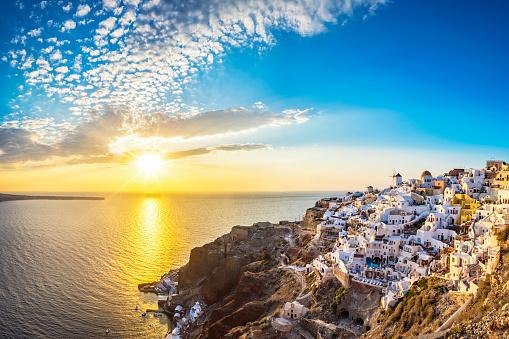 Greek Islands「Sunset view of Santorini island, Oia - Greece」:スマホ壁紙(8)