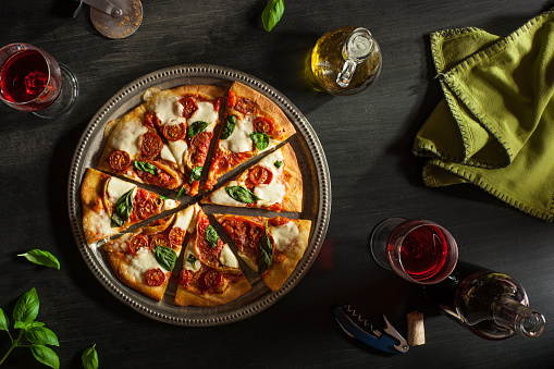 Italian Food「Margarita Pizza」:スマホ壁紙(19)