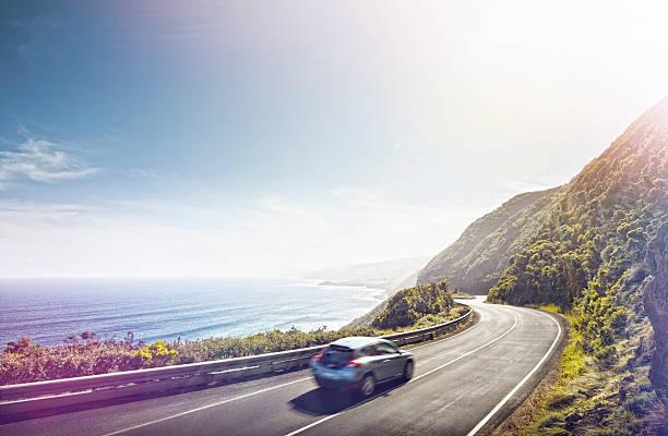 Driving the Great Ocean Road:スマホ壁紙(壁紙.com)