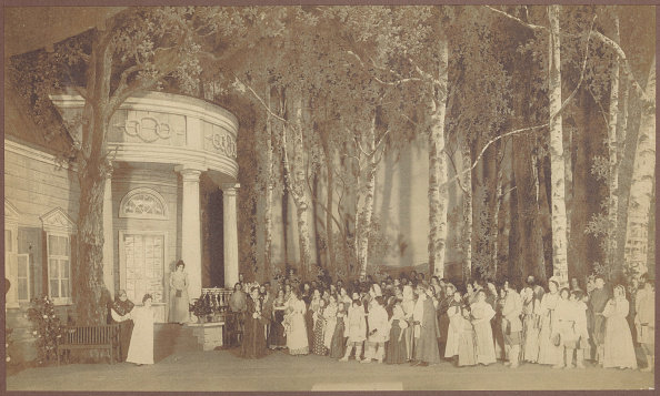 1900「Scene From The Opera Eugene Onegin By Pyotr Tchaikovsky At The Mariinsky Theatre In Saint Petersburg」:写真・画像(5)[壁紙.com]
