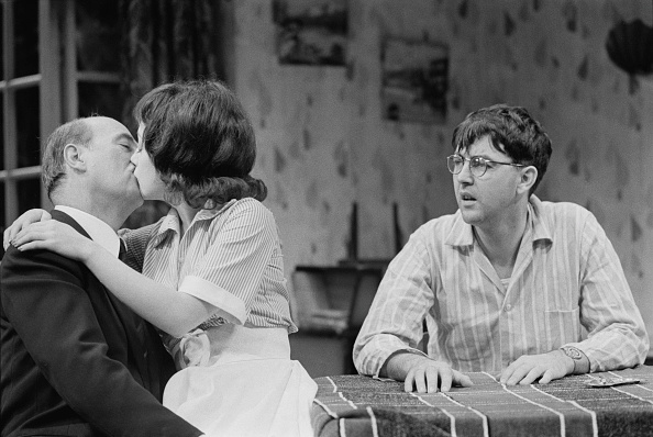 Human Interest「'The Birthday Party' at the Shaw Theatre」:写真・画像(16)[壁紙.com]