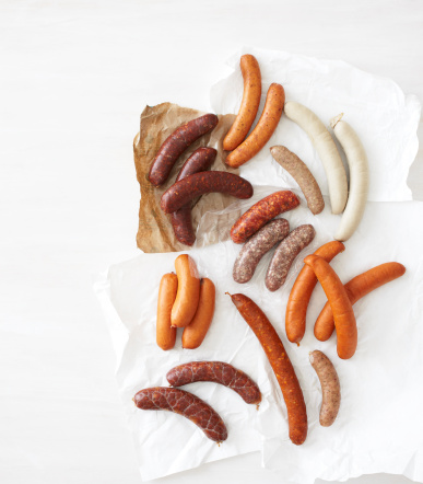 Andouille「Fresh Sausage on White Background」:スマホ壁紙(16)