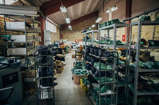 Workshop「Shoe making factory」:スマホ壁紙(14)