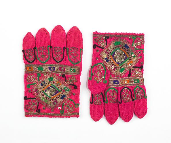 Appliqué「Gloves」:写真・画像(11)[壁紙.com]