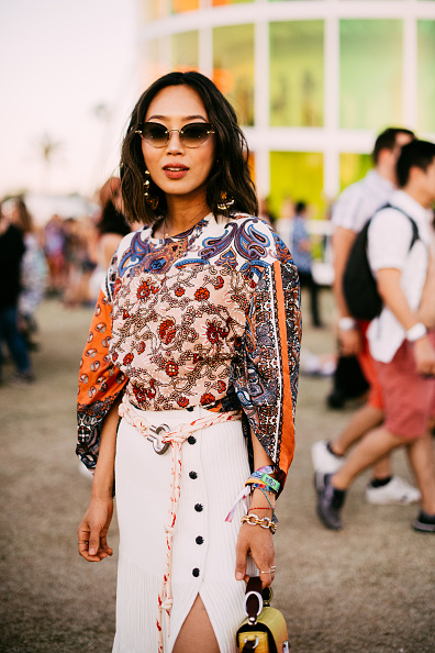 Blouse「Street Style At The 2019 Coachella Valley Music And Arts Festival - Weekend 1」:写真・画像(14)[壁紙.com]