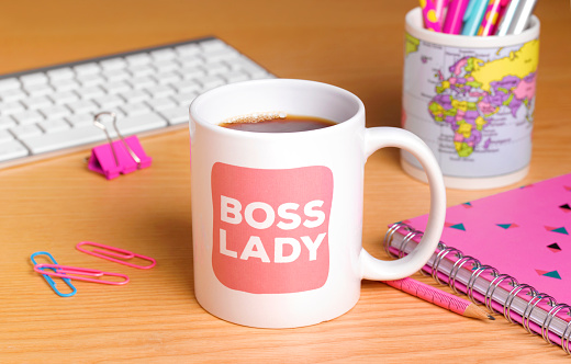 Female Likeness「Female Boss's Mug at Work」:スマホ壁紙(8)